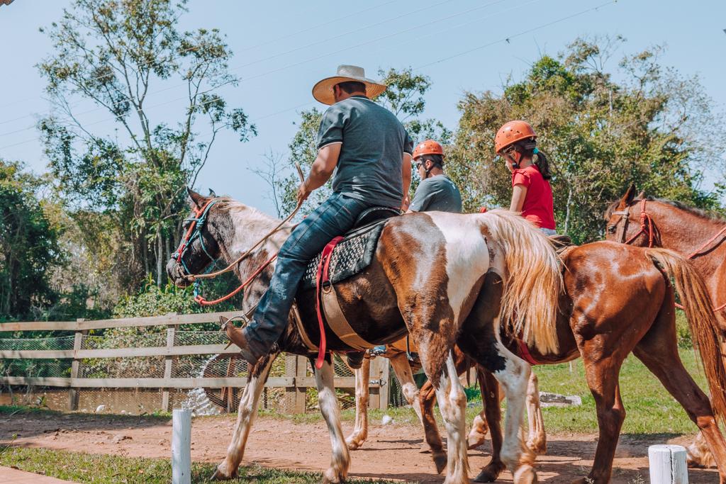 Cavalgada | Cachoeira 3 Quedas